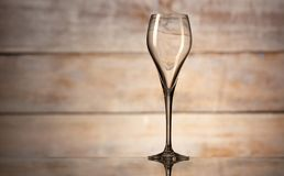 Un verre de vin vide photo stock