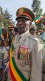 Un veterano de guerra con las medallas celebra el 119o aniversario del anuncio Fotos de archivo