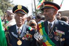 Un veterano di guerra con le medaglie celebra il 119th anniversario dell'annuncio Fotografie Stock