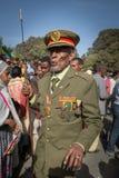 Un veterano di guerra con le medaglie celebra il 119th anniversario dell'annuncio Immagine Stock