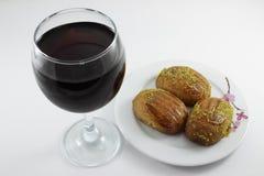 Un vetro della bevanda e del dessert Fotografia Stock