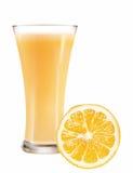 Un vetro di succo e dell'arancia Immagine Stock Libera da Diritti