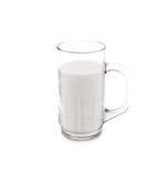 Un vidrio de leche en blanco Imagenes de archivo