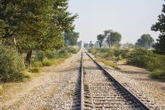 Un viejo 'railroad' de la vía del tren Fotografía de archivo