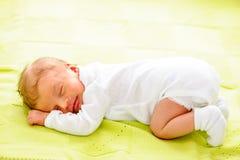 Un vieux bébé nouveau-né de semaine Image stock
