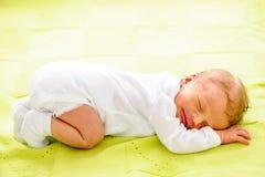 Un vieux bébé nouveau-né de semaine Image libre de droits