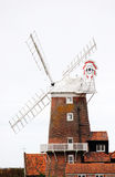 Un vieux moulin à vent Photos stock
