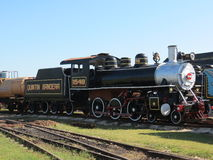 Un vieux train fonctionnant grand de vapeur Photographie stock