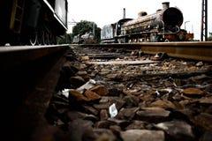 Un vieux train fonctionnant grand de vapeur Images stock