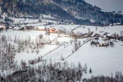 Un village dans les montagnes Images libres de droits
