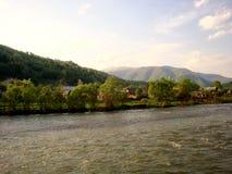 Un villaggio nei Carpathians Fotografia Stock Libera da Diritti