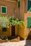 Un villaggio provencal pittoresco Immagine Stock