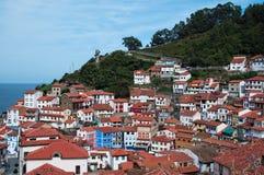 Un villaggio variopinto in Asturie immagini stock libere da diritti