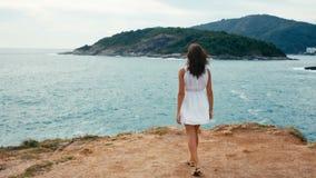 Un voyage à un paradis tropical banque de vidéos
