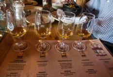 Un vuelo del whisky en la alta destilería del oeste en Park City fotos de archivo