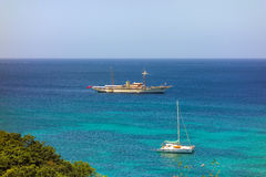 Un yate privado lujoso en el Caribe Imagen de archivo