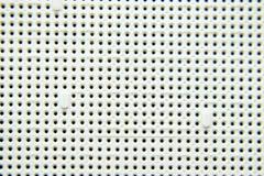 Un zócalo debajo del procesador del ordenador, agujeros bajo pies de los contactos Tablero electrónico con eléctrico fotografía de archivo