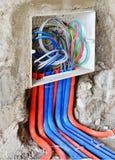 un zócalo del interruptor bajo instalación Fotografía de archivo