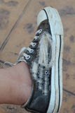 Un zapato rasgado Fotografía de archivo libre de regalías