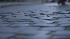 Una acera - conocida como un sendero, una acera o pavimento