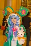Una actitud cosplay del animado japonés no identificado en el festival GRANDE 2013 de la demostración de juego de Tailandia fotos de archivo libres de regalías