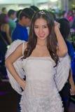 Una actitud no identificada del presentador en el festival GRANDE 2013 de la demostración de juego de Tailandia foto de archivo libre de regalías