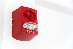 Una alarma de incendio con construido en luz del estroboscópico foto de archivo