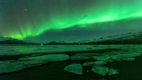 Una aurora verde hermosa Fotos de archivo