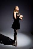 Una bailarina maravillosa joven fotos de archivo