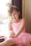Una bambina con il costume di balletto Fotografia Stock Libera da Diritti