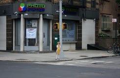Una bambina a Williamsburg, New York Fotografia Stock Libera da Diritti