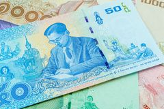 Una banconota tailandese da 50 baht, banconote commemorative nel ricordo del re recente Bhumibol Adulyadej Fotografie Stock Libere da Diritti
