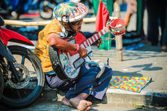 Una banda dell'uomo a Malang Fotografia Stock Libera da Diritti