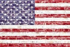 Una bandera americana en una pared de ladrillo stock de ilustración