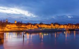 Una barca all'ormeggio di Avignone Fotografia Stock