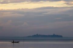 Una barca del pescatore Immagini Stock Libere da Diritti
