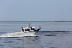 Una barca di polizia Fotografia Stock Libera da Diritti