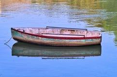 Una barca semplice Immagini Stock