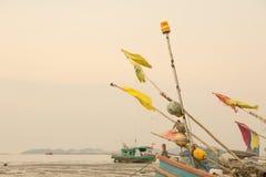 Una barca sul fango Fotografia Stock Libera da Diritti