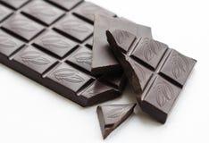 Una barra del chocolate oscuro Fotografía de archivo libre de regalías