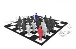 Una battaglia astratta di due gruppi degli uomini su una scacchiera Fotografia Stock