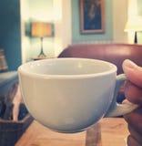 Una bebida caliente Imagen de archivo