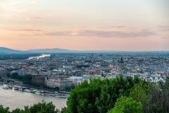 Una bonita vista de Budapest Hungría imágenes de archivo libres de regalías