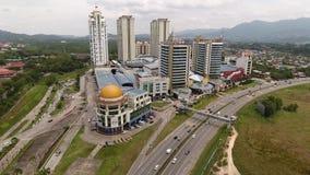 Una Borneo Hypermall metrajes