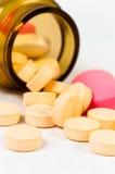 Una bottiglia delle pillole Immagini Stock