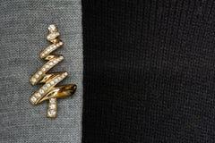 Una brocha del diamante y del oro Fotografía de archivo libre de regalías