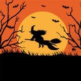 Una bruja del vuelo en la Luna Llena stock de ilustración