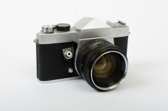 Una cámara vieja en ángulo Fotos de archivo libres de regalías