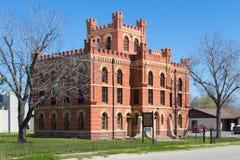 Una cárcel histórica de Tejas construced de ladrillo rojo con una torre Fotos de archivo libres de regalías