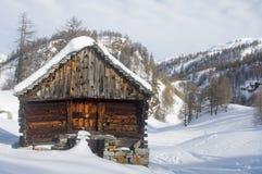 Una cabaña de la montaña Foto de archivo libre de regalías